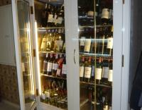 Хладилна витрина за вино