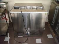 Хладилна маса втора употреба
