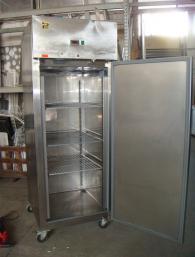 Среднотемпературен хладилен шкаф с 1 врата