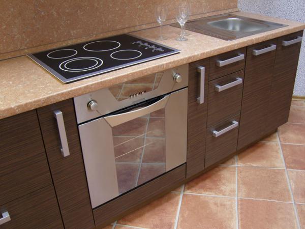 Обзавеждане за кухня компактна кухня